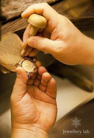 Ремонт браслетов и ладанок в Киеве на Позняках Ремонт ювелирных изделий – это  очень ... b0857f35459