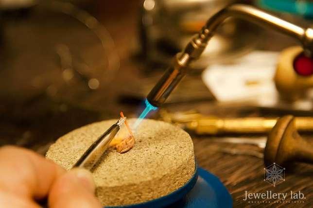 Ремонт сережку и ювелирных изделий в Киеве - кольца, браслеты, цепочки, крестики, ладанки